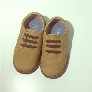 max + jake Shoes - Max + jake boys tan shoes Sz 6